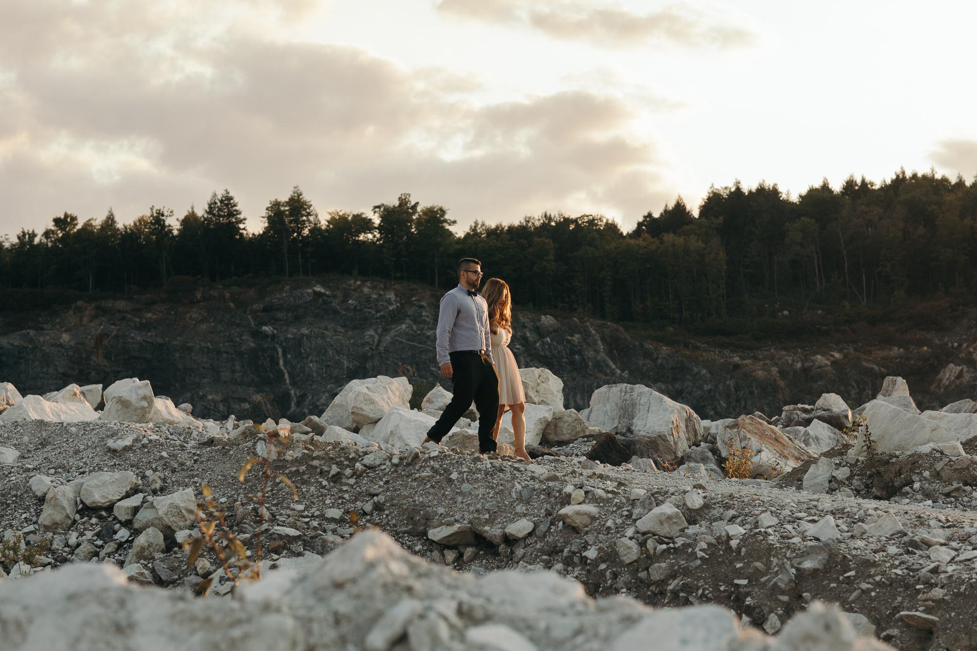 engagement photos at morrison u0026 39 s limestone quarry ottawa